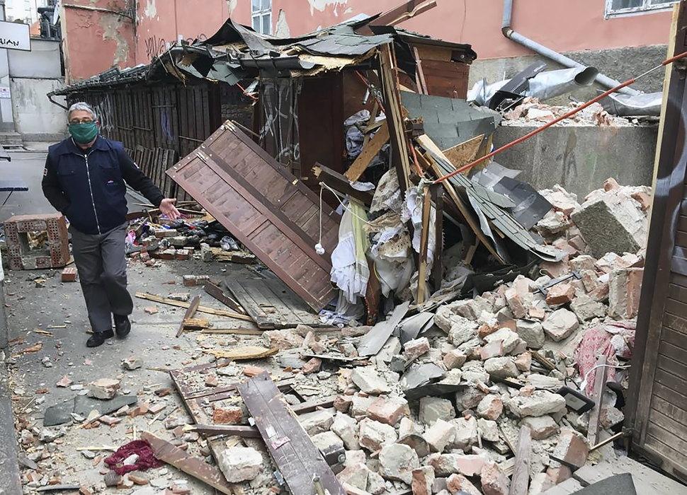Zemljotres Pogodio Zagreb Bore Se Za Zivot Djetetu Zbrinuto 10 Novorođencadi Standard