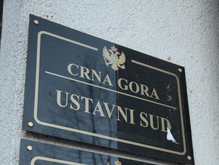 Pet tužilaca povuklo ostavke, Zakon o radu ide na Ustavni sud
