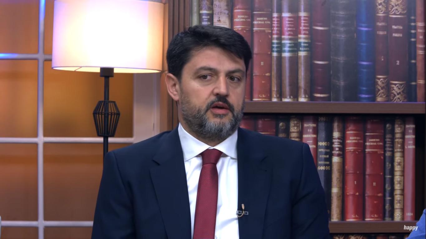 MUP: Vladimir Božović kao građanin može slobodno da se kreće Crnom Gorom