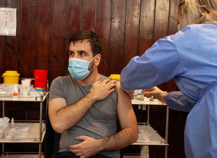 Jokić primio vakcinu: Vakcinacija je preduslov za bolju turističku sezonu