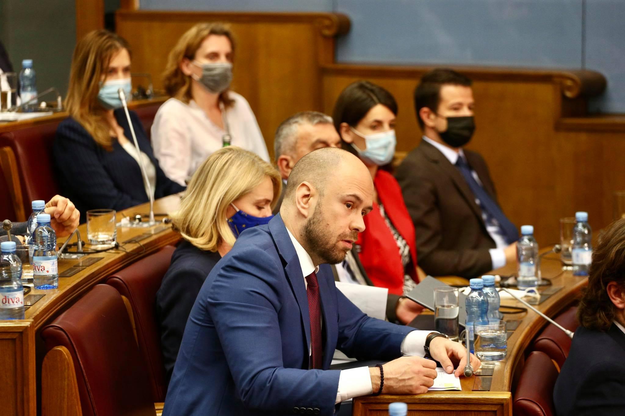 MVP o izjavi Eskobara: Pojedini mediji pogrešno citirali, Crna Gora je kredibilna članica NATO-a