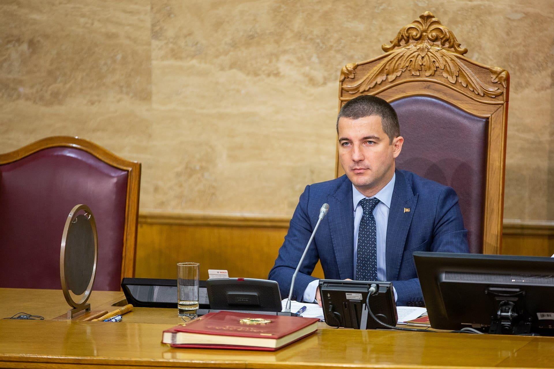Bečić proglasio novi Tužilački savjet, čeka se još pet uglednih pravnika koje bira Skupština