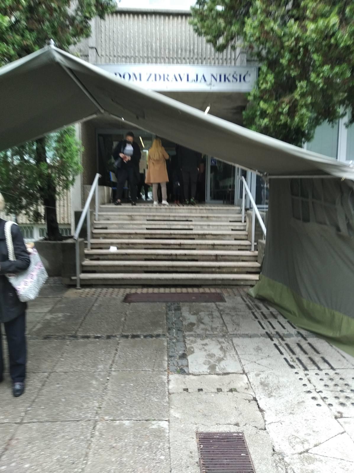 Mrvaljević: Gužve u Dom zdravlja Nikšić, juče došlo do tuče između pacijenata