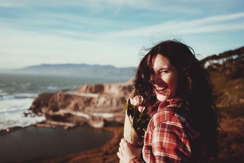 Dnevni horoskop – Vaga je motivisana pohvalama, Blizanci imaju sklonosti ka ljubomornim ispadima
